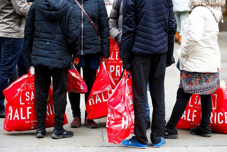 U.K. retail sales collapse at fastest pace since 2008: survey