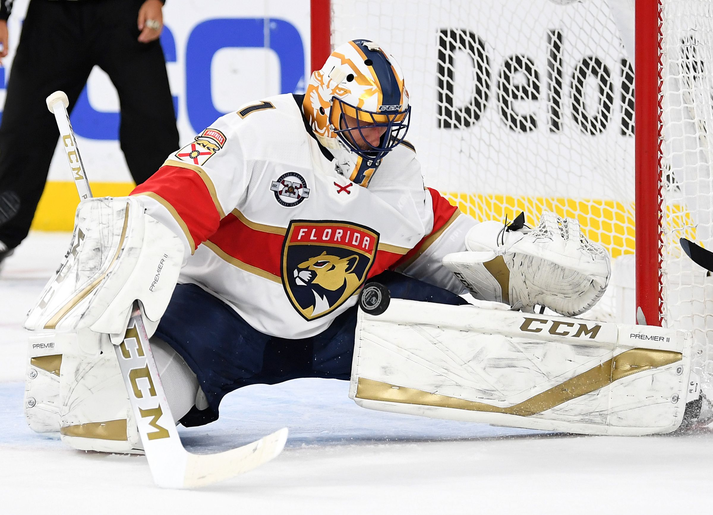 Panthers Goaltender Roberto Luongo Announces Retirement After 19