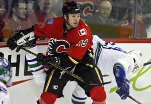 Wayne Primeau while playing for the Calgary Flames in the 2007-08 season.