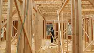 New building permits surged 5.1 per cent to a seasonally adjusted annual rate of 717,000 units last month, the highest since October, 2008, the U.S. Commerce Department said on Tuesday.