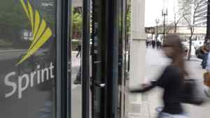 Clearwire, which is majority owned by its biggest customer, Sprint Nextel, has been seeking almost $1-billion in funding to keep operating and to upgrade its network.