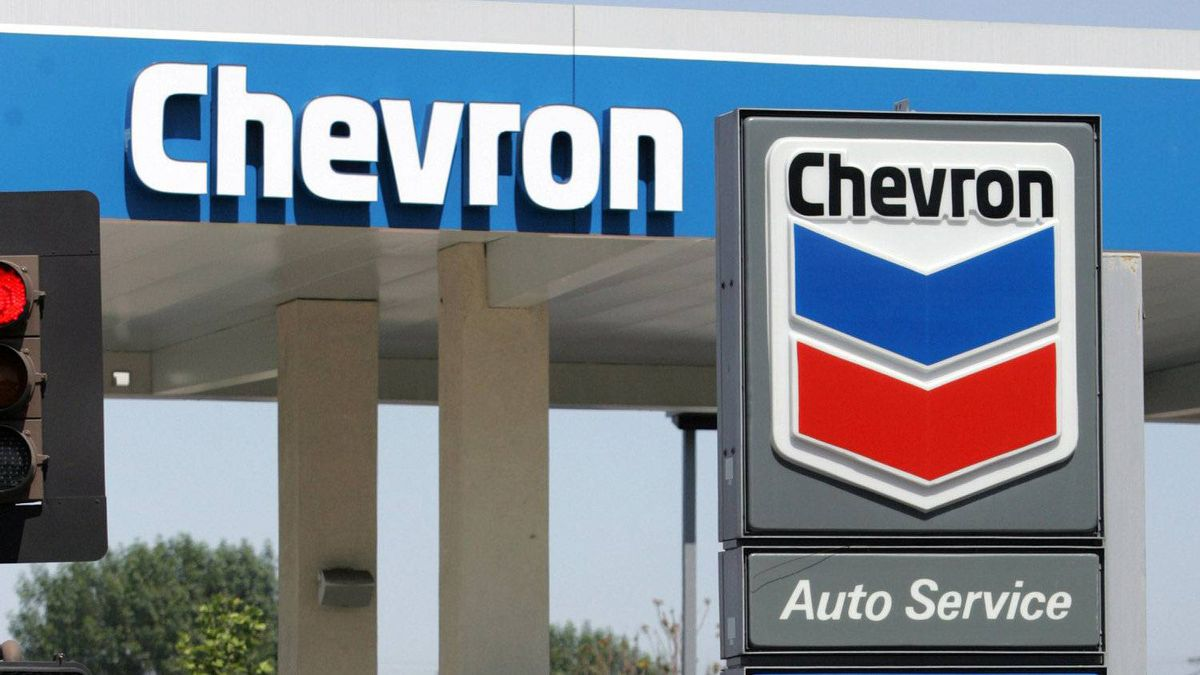 Chevron has retained David Molinski, a former assistant deputy minister in the energy ministry's oil and gas division, to lobby the B.C. government on its behalf, according to the March report of the B.C. Lobbyists Registry.