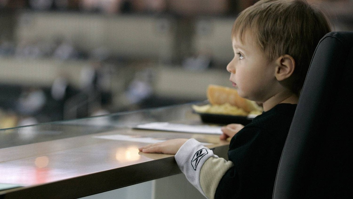Pittsburgh Penguins fan Owen Murphy watches warmups prior to the start of Game Two of the Eastern Conference Quarter-finals against the Tampa Bay Lightning. (Photo by Justin K. Aller/Getty Images)