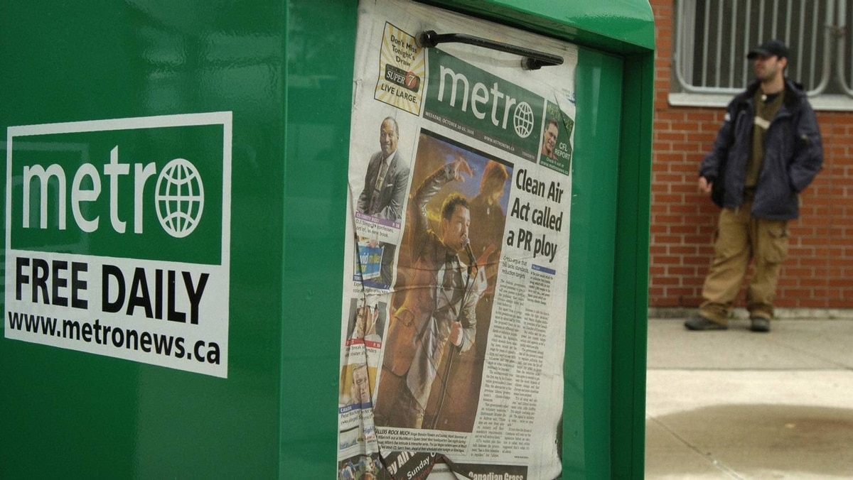 Metro newspaper boxes photographed at the Oakville GO Train station in Oakville, Ont. Oct. 20, 2006.
