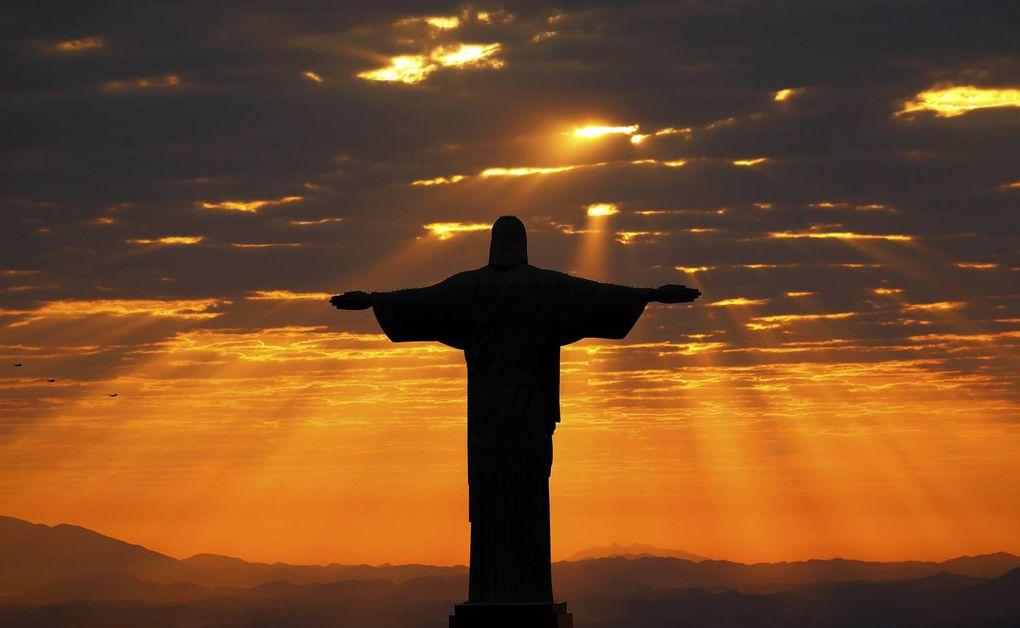 Christ The Redeemer Sun