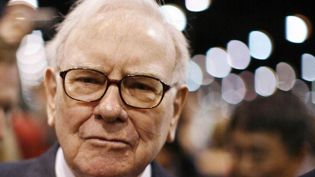 Warren Buffett is seen in a May 2009 file photo. Carlos Barria/Reuters