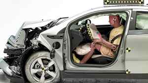 A front-end crash test of the 2011 Chevrolet Volt. The Chevrolet Volt and Nissan Leaf got top safety ratings in some of the first-ever tests of plug-in cars by the Insurance Institute for Highway Safety.