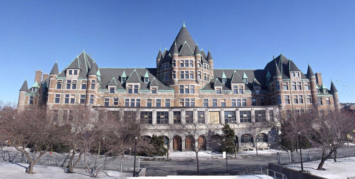 A montreal castle fit for a software king the globe and mail for Chambre de commerce francaise toronto