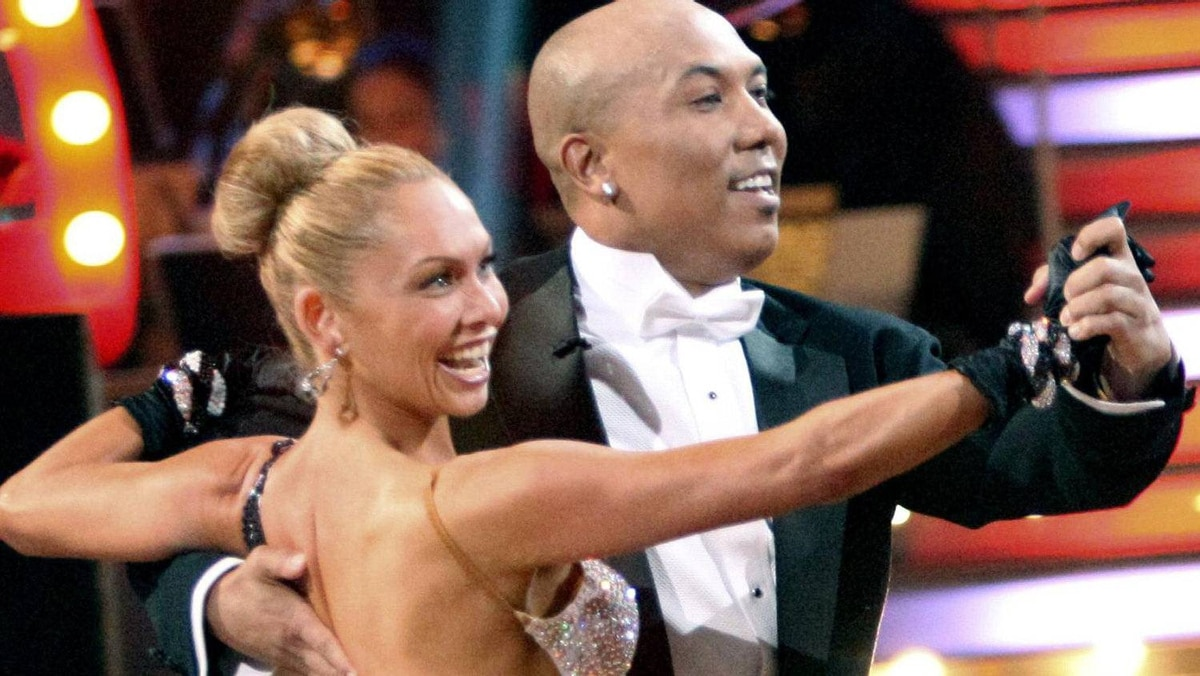 "Kym Johnson and Hines Ward, one of the three remaining couples in the ""Dancing with the Stars"" competition, dance in the final one-hour performance show in Los Angeles in this May 23, 2011 handout. The couple won the competition and the Mirror Ball trophy in the finale, which took place on Tuesday. REUTERS/Adam Taylor"
