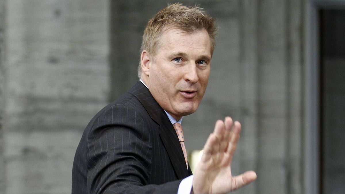 Maxime Bernier arrives at Rideau Hall to be sworn-in as Minister of State for Small Business and Tourism on May 18, 2011.