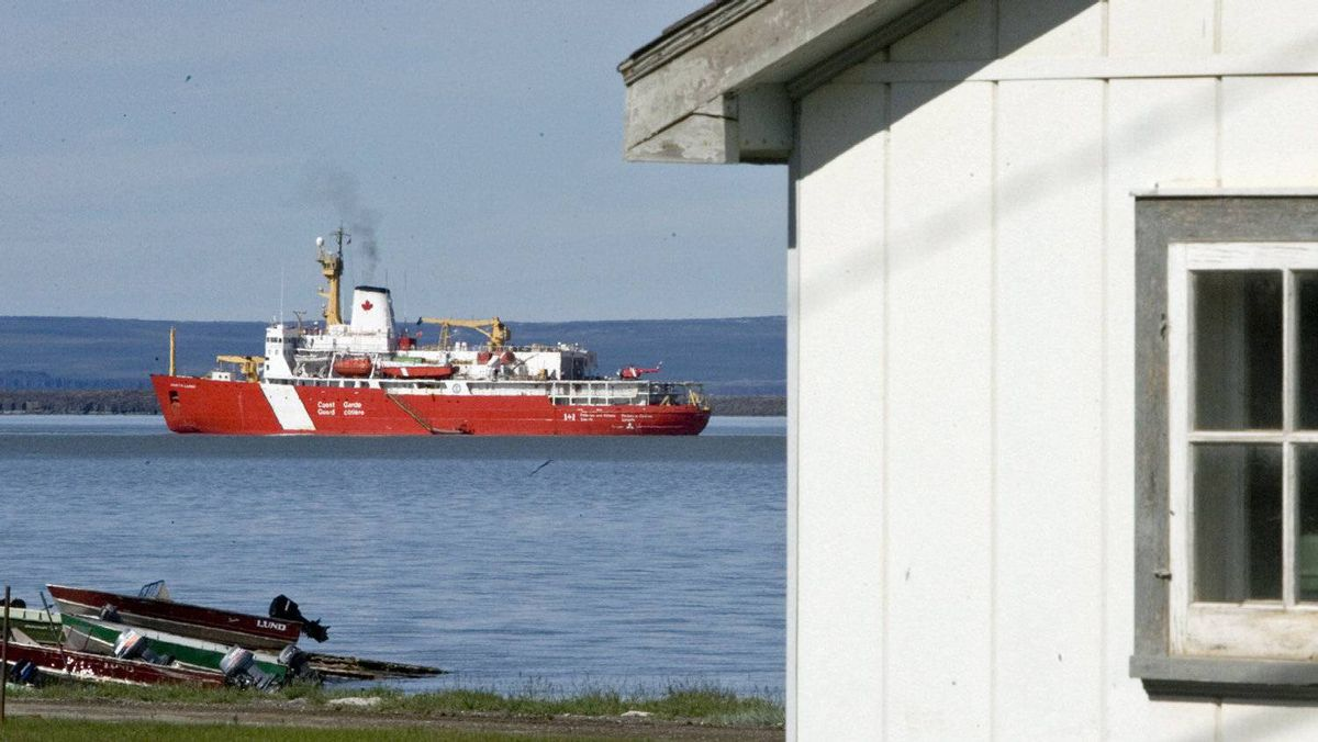 The Canadian Coast Guard ship Louis S. Saint Laurent sits at anchor in Kugluktuk, Nunavut, on July 26, 2007.