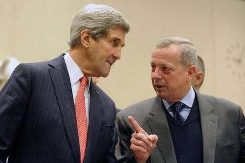 Islamic State fight will go on 'as long as it takes,' Kerry says as nations plan strategy