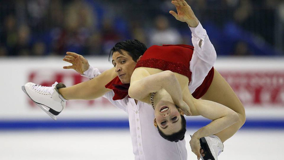 Tessa Virtue and Scott Moir of Canada perform during their Ice Dance Free Dance at the ISU 2012 World Figure Skating Championships in Nice, southern France, Thursday, March 29, 2012.