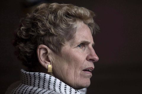 Ontario's proposed 'pay transparency' bill aims to close gender wage gap