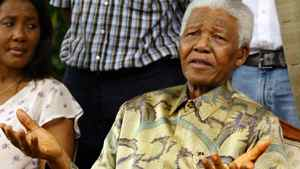 Nelson Mandela at a news conference in Johannesburg after his only surviving son, Makgatho Mandela, had died Thursday, Jan. 6, 2005. Mr. Mandela told reporters that his son had died of AIDS. On left is Mandela's granddaughter and daughter of Makgatho, Makaziwe Mandela.