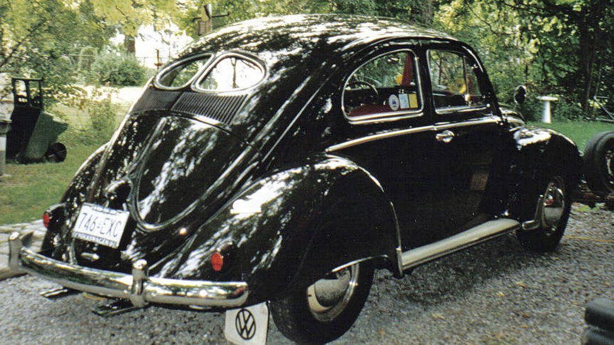 1952 split-window Volkswagen Beetle Credit: Robert Kendrick