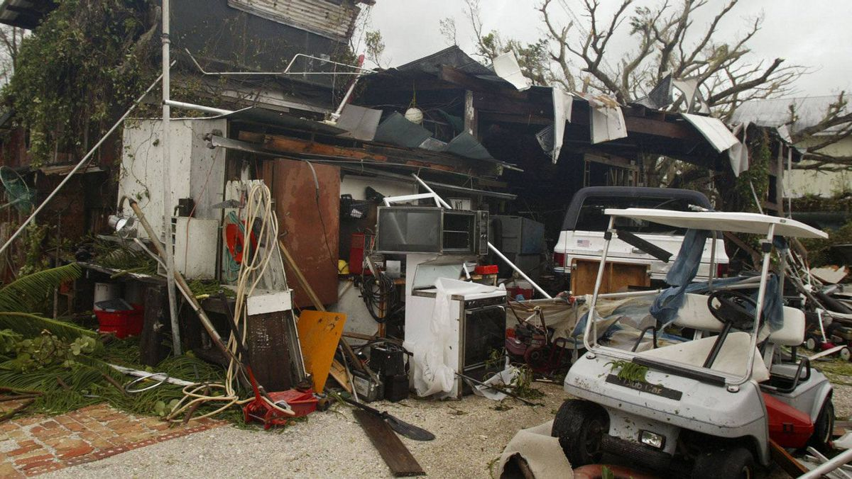 Hurricane Charley hit the west coast of Florida on Friday, Aug. 13, 2004. The Category 4 storm, with winds above 230 kilometres an hour, killed 10 people and caused $14-billion of damage in the United States. Source: globeandmail.com, nhc.noaa.gov