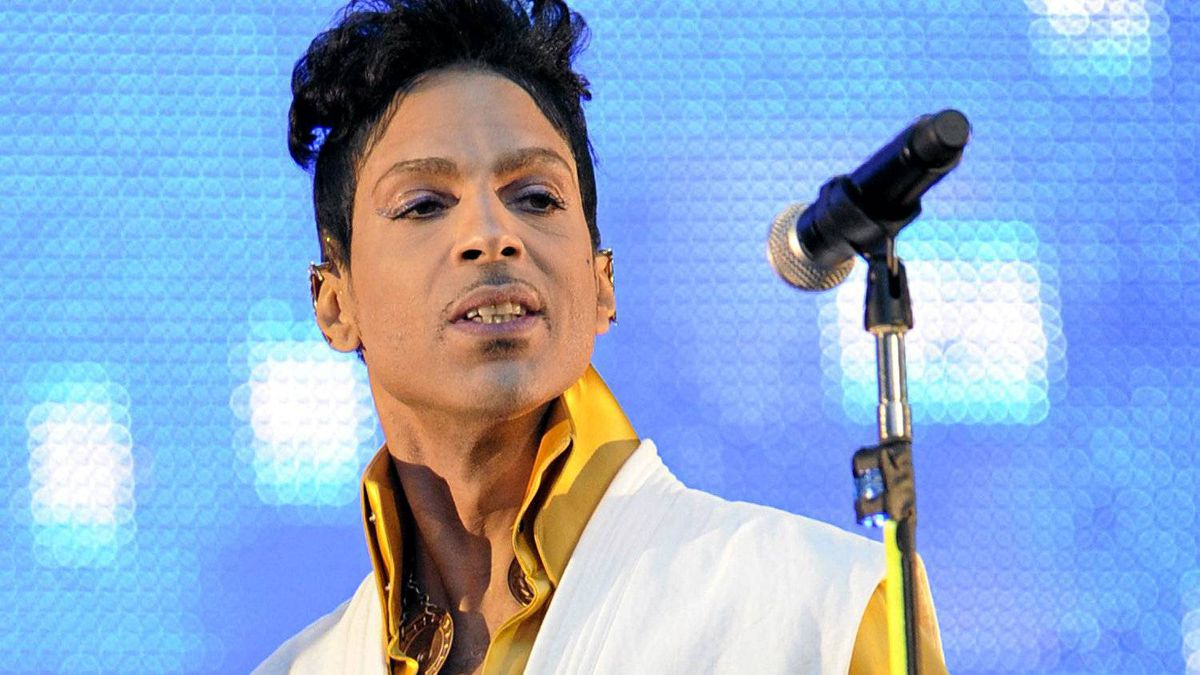 US singer and musician Prince performs on stage at the Stade de France in Saint-Denis, outside Paris, on June 30, 2011.
