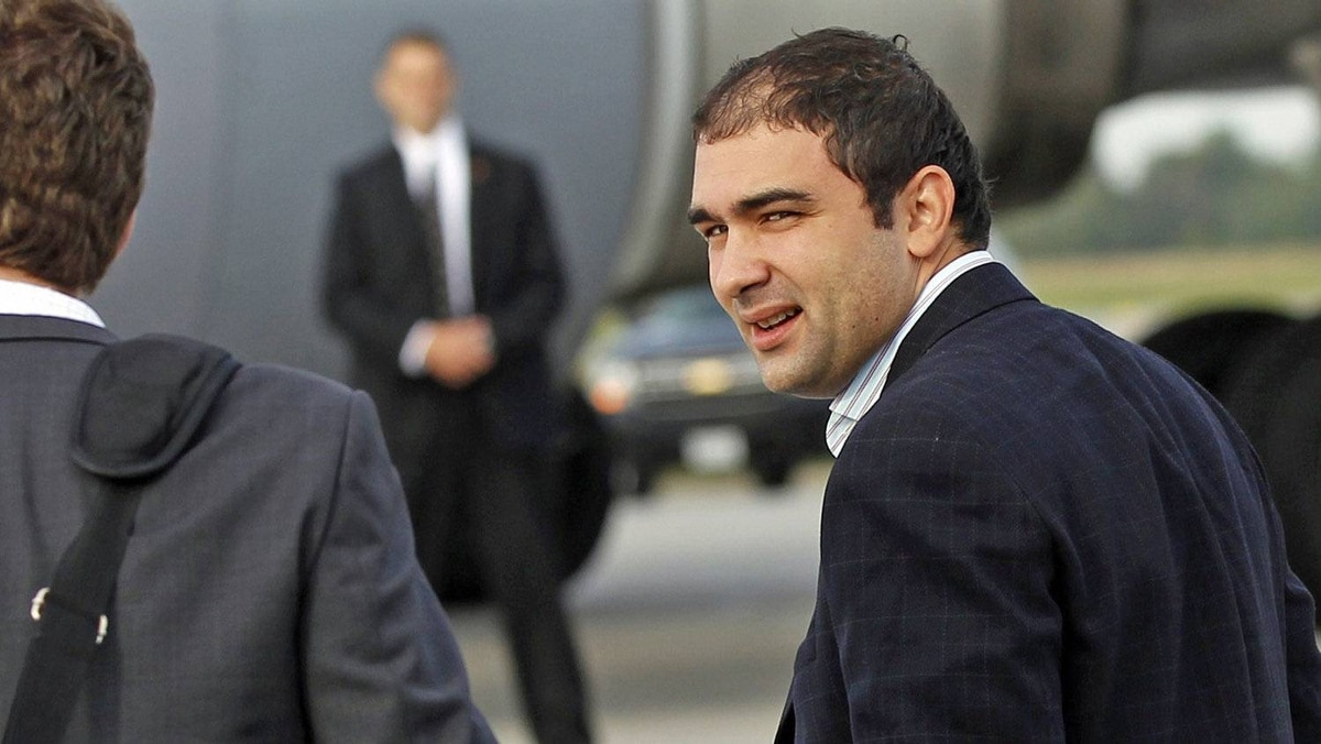 Dimitri Soudas boards a plane for Europe at the Ottawa airport on Aug. 31, 2011, his last trip as Prime Minister Stephen Harper's director of communications.