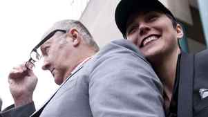 Actor Randy Quaid and his wife, Evi, during a press conference in Vancouver February 23, 2011.