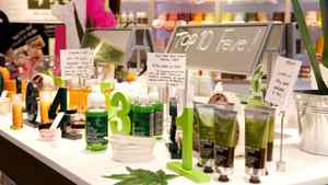 The Body Shop's new Pulse boutique in Ottawa's Rideau Centre. Information areas explain Community Fair Trade projects around the globe.