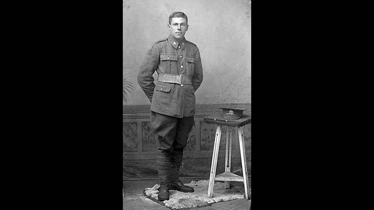 Mark Robins photo: Edward Victor Young - My great grandfather about to deploy from England. 1912-1914