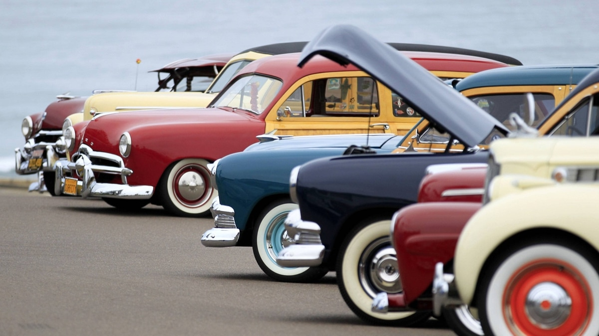 Woddies are parked along near the beach at the world's largest gathering of wooden bodied automobiles in Encinitas, California September 17, 2011.