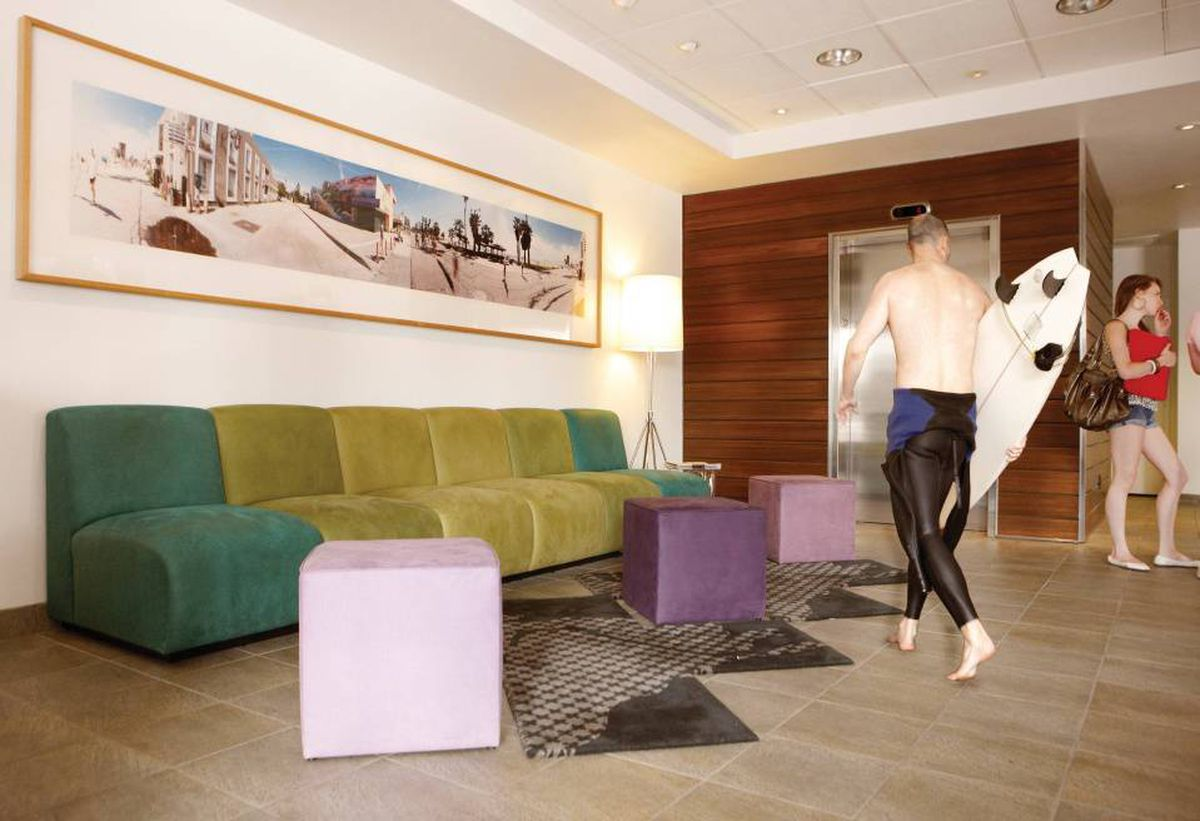 New surf-themed decor gives some hipness to what was a Best Western.