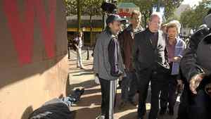 Governor General Adrienne Clarkson and Jim Green tour the Downtown Eastside of Vancouver on Tuesday Sept. 21, 2004.