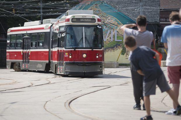 Toronto's bendy streetcars take their last ride