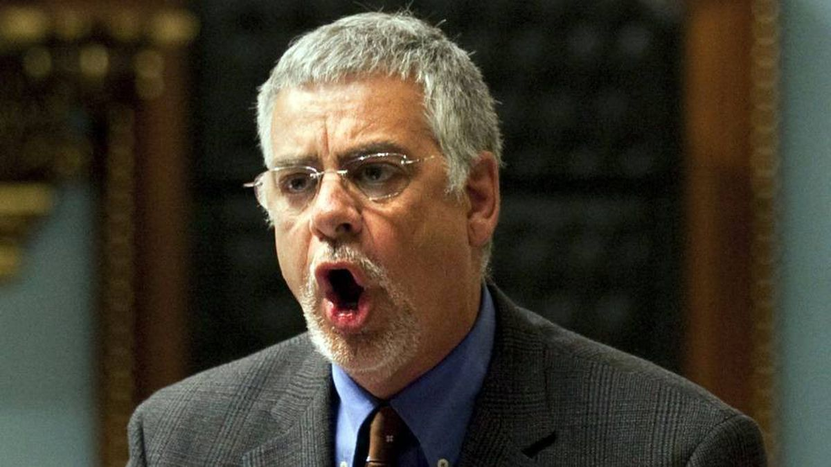 Quebec Public Security Minister Jacques Dupuis is the latest thorn in Premier Jean Charest's side.