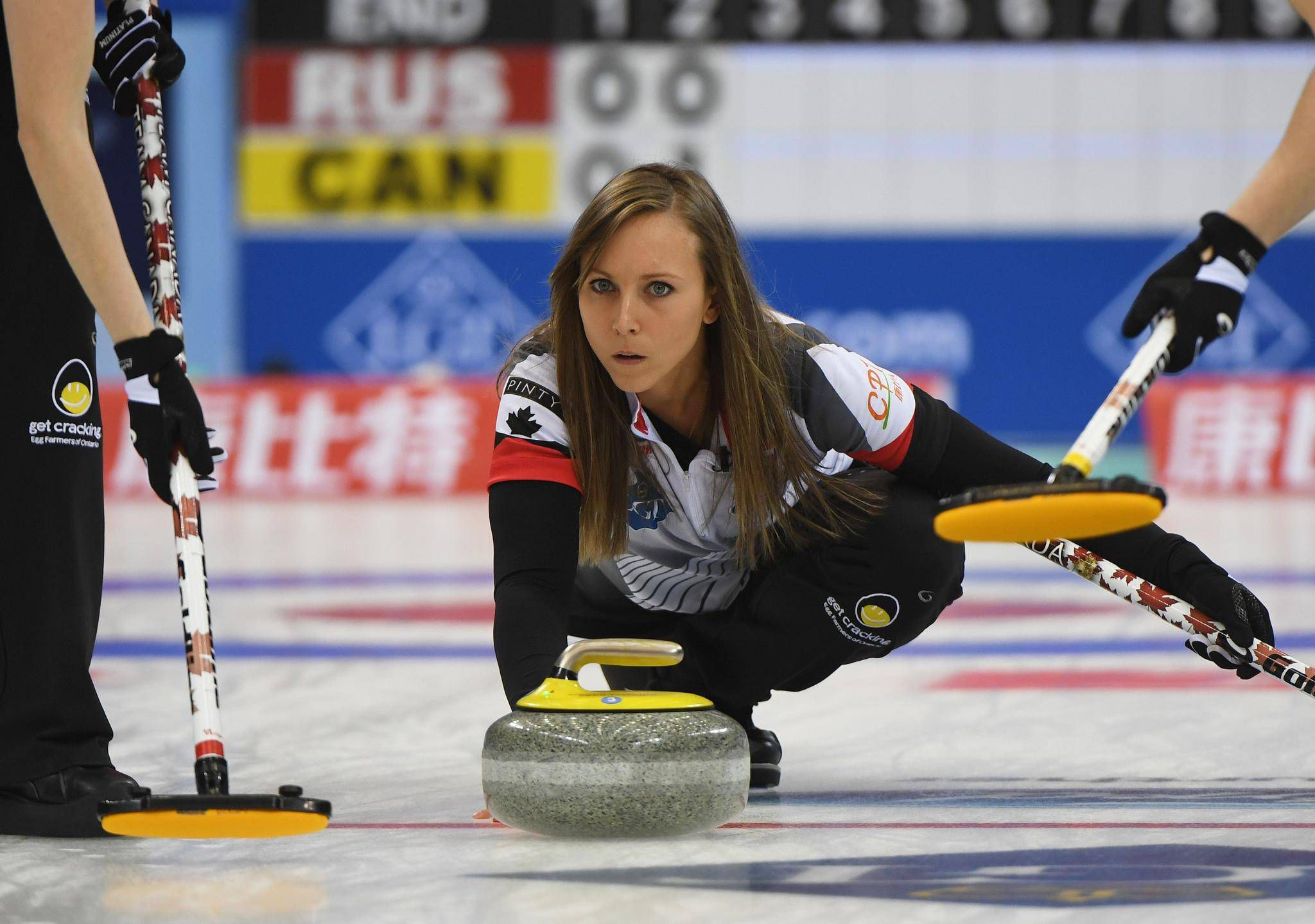 Anette Norberg canada stays perfect to advance to world women's curling
