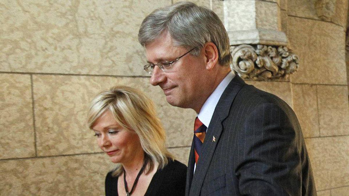 Conservative MP Candace Hoeppner and Prime Minister Stephen oustide the House of Commons on Wed., Sept. 22, after Ms. Hoeppner's private-member's bill to abolish the gun registry was defeated.