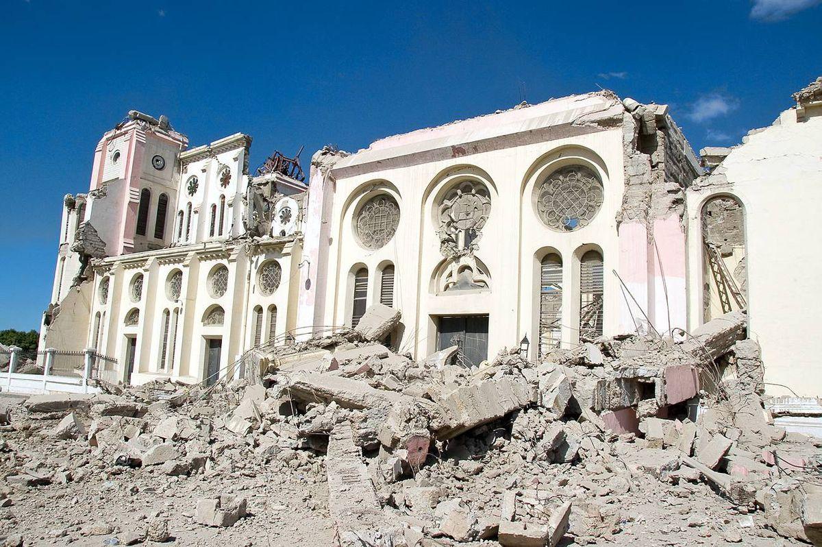 Major Earthquake Devastates Haitian Capital