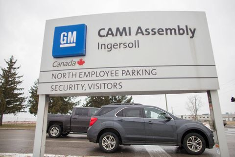 GM workers on strike