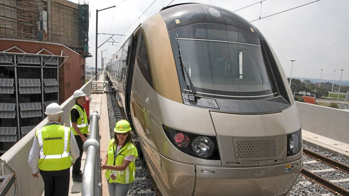 Bombardier Transportation executives visit the new rail link from Johannesburg airport to the city.