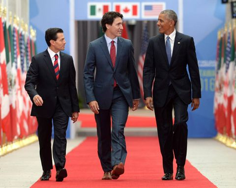 Trudeau, Obama and Pena Nieto agree to emission-reduction goals at summit