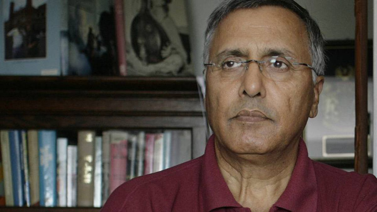 Ujjal Dosanjh, a former Liberal cabinet minister and onetime B.C. premier, at his home in Vancouver, BC, August 22, 2007.