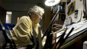 Andy Donato at work in his Toronto Sun office yesterday. DARREN CALABRESE FOR THE GLOBE AND MAIL