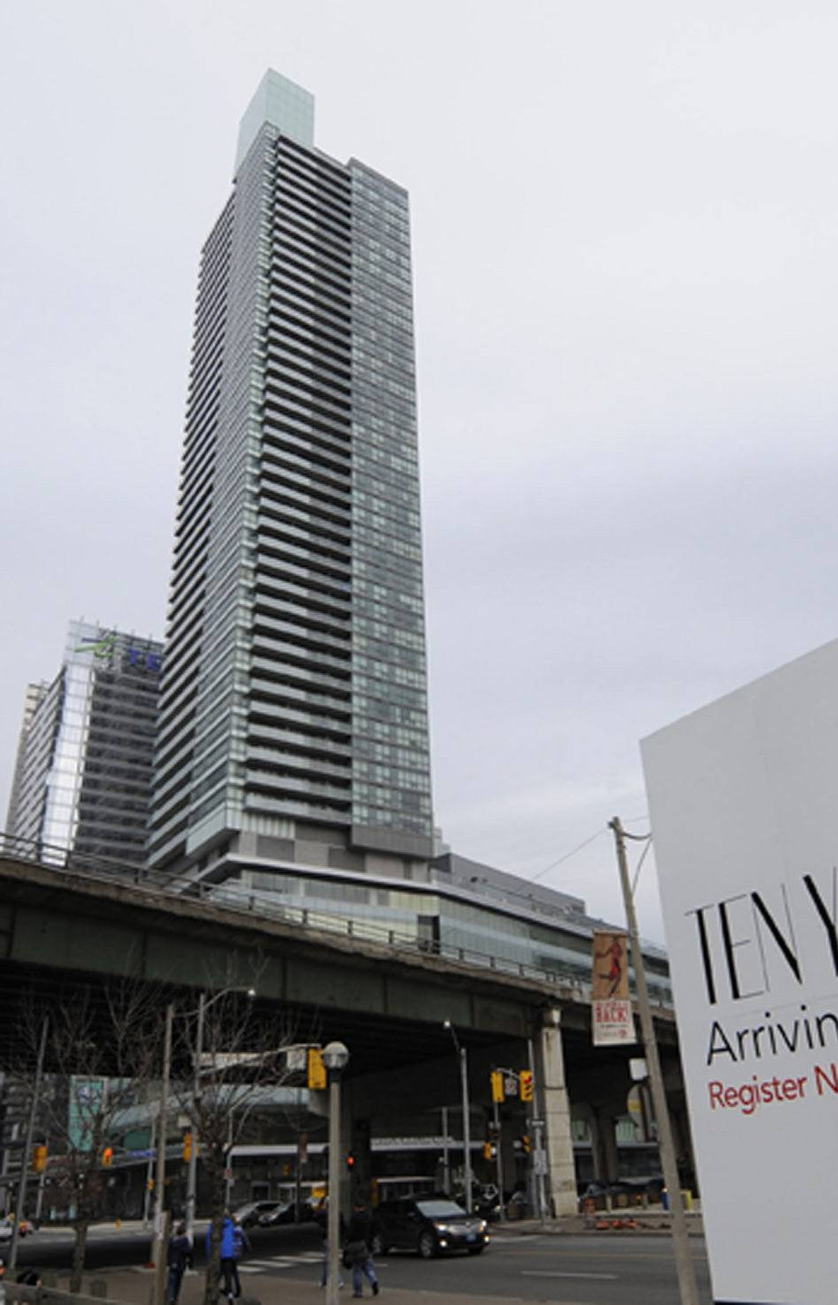 "Tridel and city agency Build Toronto, which are redeveloping 10 York Street at a cost of $295-million, are researching how to incorporate ""thermal breaks"" between inside and outside floors, to help contain energy within a new, 75-storey residential tower."