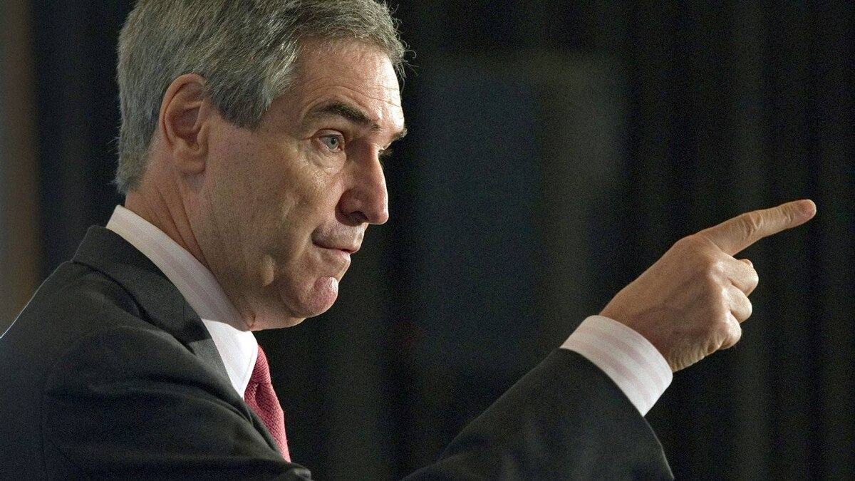 Liberal Leader Michael Ignatieff speaks to the Youth Chamber of Commerce in Montreal on Jan. 20, 2011.