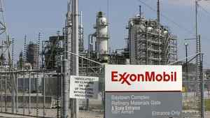 A view of the Exxon Mobil refinery in Baytown, Tex.