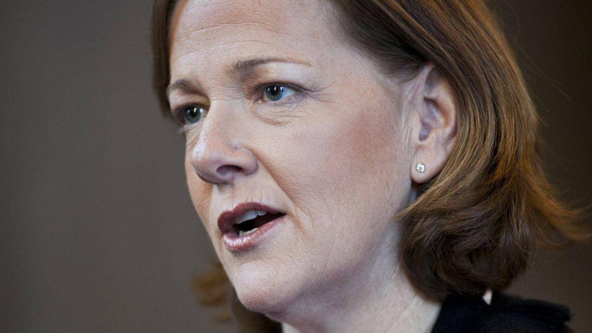 Alberta Premier Alison Redford talks with The Globe and Mail's Dawn Walton in Calgary.