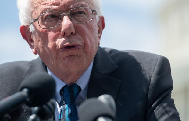 Bernie Sanders had a heart attack, his doctors confirm