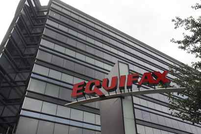 <p>Equifax to update Canadians on Information hack this week; no clearer on how many Influenced </p>