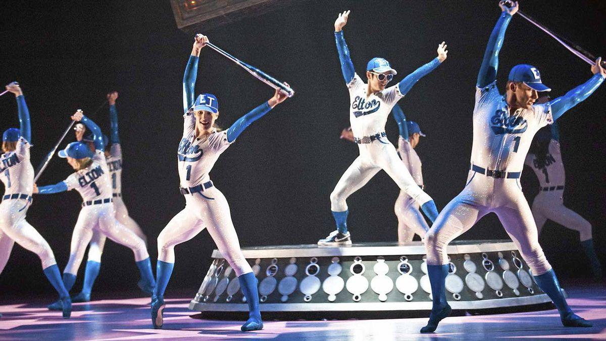 """Alberta Ballet company members perform in """"Love Lies Bleeding."""""""