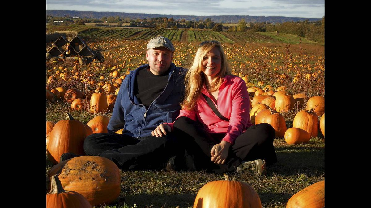 David Blomme photo: A couples shot - I moved from Toronto to Halifax to find some peace and hapiness, and found both on the perfect fall day this was taken last year with Tania.