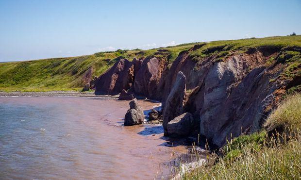 Short on options, Îles-de-la-Madeleine residents make a strategic