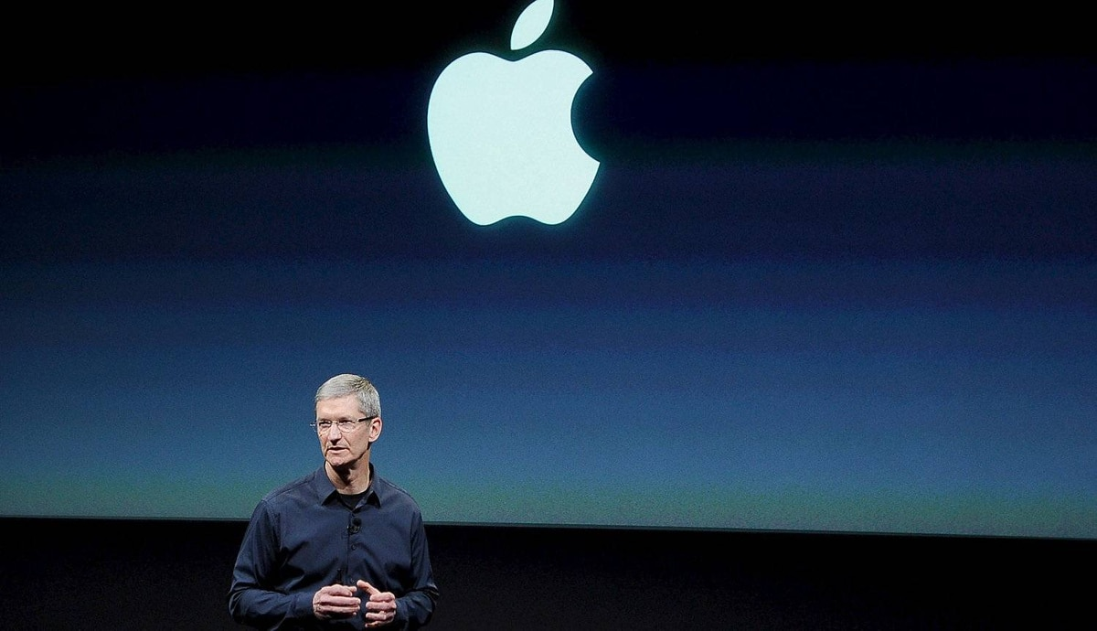 CUPERTINO, CA - OCTOBER 04: Apple CEO Tim Cook speaks at the event introducing the new iPhone at the company��s headquarters October 4, 2011 in Cupertino, California. The announcement marks the first time Cook introduces a new product since Apple co-founder Steve Jobs resigned in August. October 4, 2011 in Cupertino, California. (Photo by Kevork Djansezian/Getty Images)