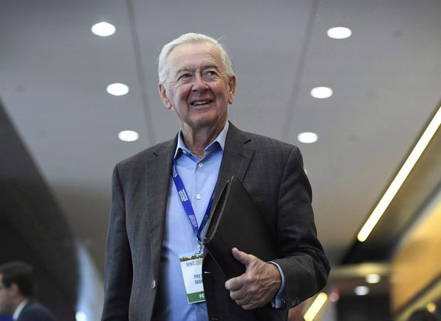 Oct. 17: 'It seems he wishes it was still 1993.' What readers really think of Preston Manning. Plus other letters to the editor